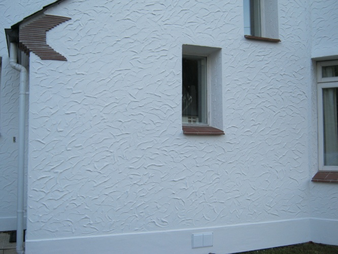 Painted Finish External Wall Insulation - Absolute Acrylics Ltd