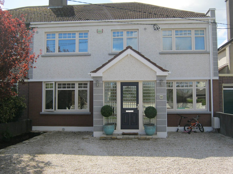 Semi Detached in Clondalkin with Granite Quions
